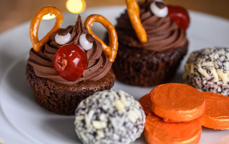 croots rudolf cupcakes